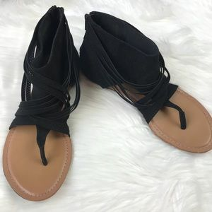 American Eagle Black Strappy Zip Back Sandals 7.5